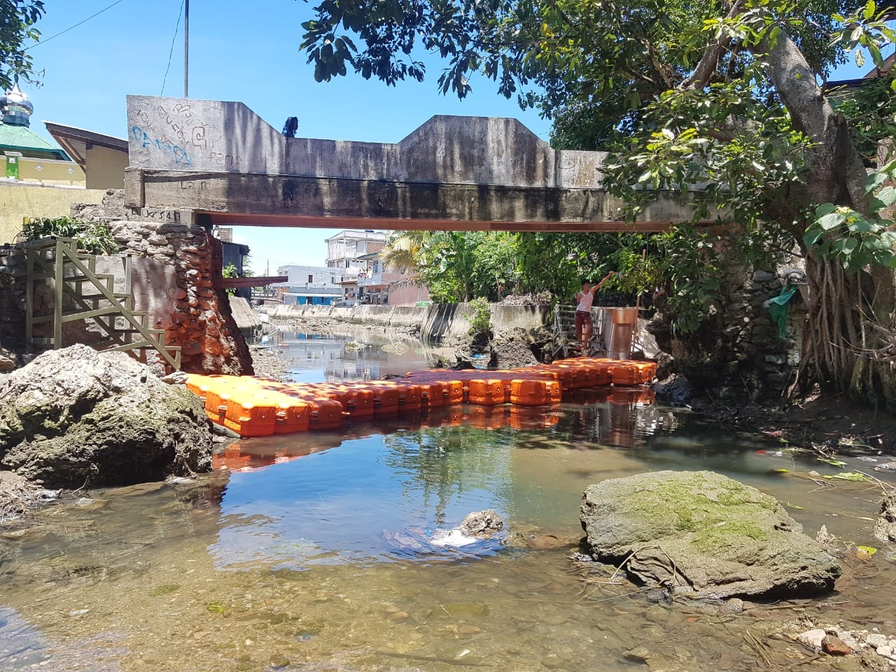 Model to mitigate plastic waste leakages from river bodies